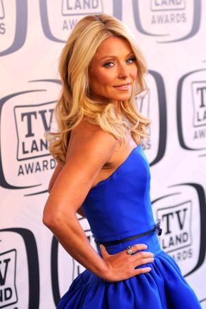 Kelly Ripa hosts the TV Land Awards