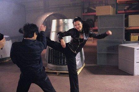 Kelly Hu as Sona