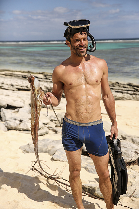 Ken McNickle fishes for Gen-X Tribe on Survivor: Millennials Vs. Gen-X