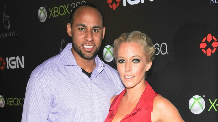 Kendra on Top: Kendra's intimacy issues