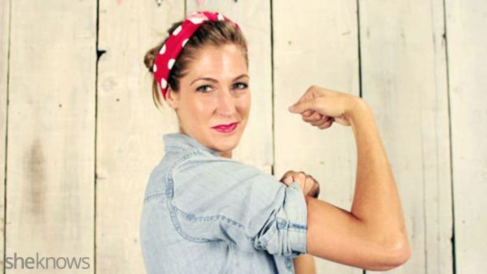 A Rosie the Riveter costume DIY