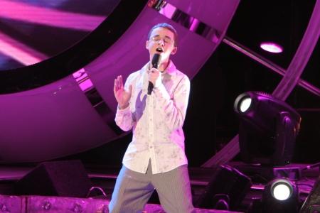 Kevin Covais on season five of American Idol