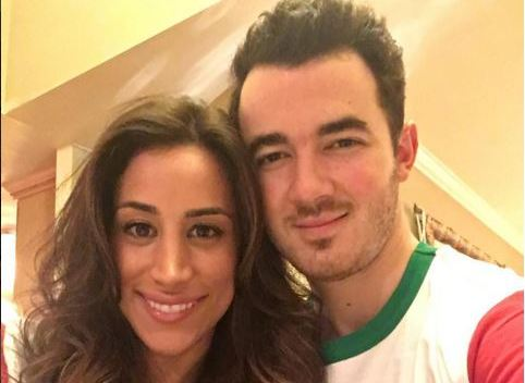 Kevin Jonas and his wife have