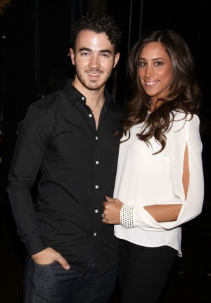 Danielle and Kevin Jonas become parents