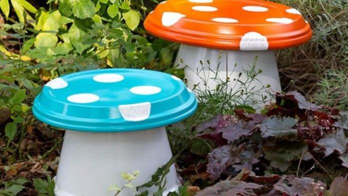 7 DIY garden crafts to put