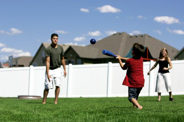 6 Family-friendly games for summer parties