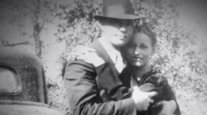 15 Incredible Facts About Bonnie & Clyde, 50 Years Later: So romantic