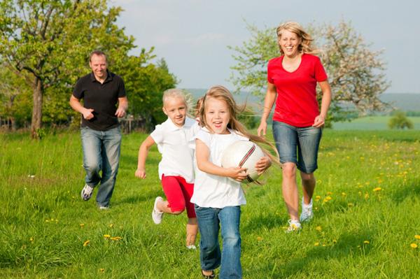 Family having a scavenger hunt