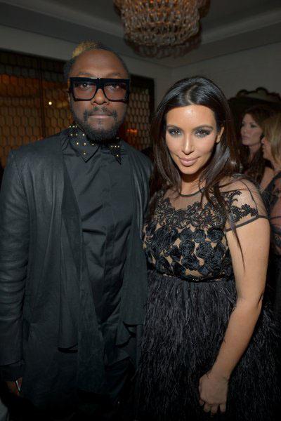 Pregnant Kim Kardashian at TopShop