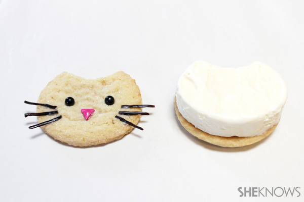 Kitty cat ice cream sandwich faces | SheKnows.com -- sandwich together