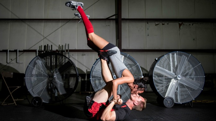Crossfit couple wins our hearts with