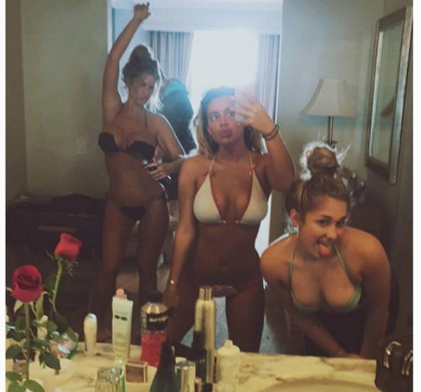 Kim Zolciak-Biermann, Brielle Biermann, Ariana Biermann