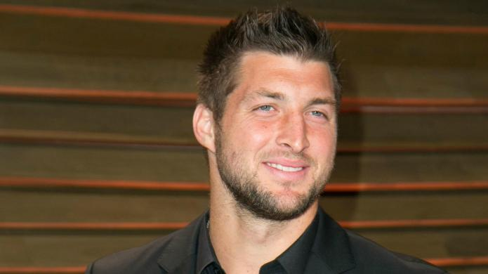 Tim Tebow makes the Good Morning