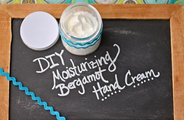 DIY moisturizing bergamot hand cream