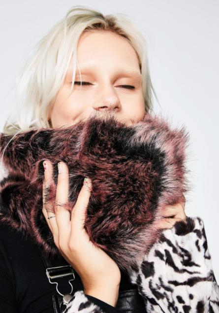 Ways to Wear an Infinity Scarf | Dolls Kill Furry Up infinity scarf