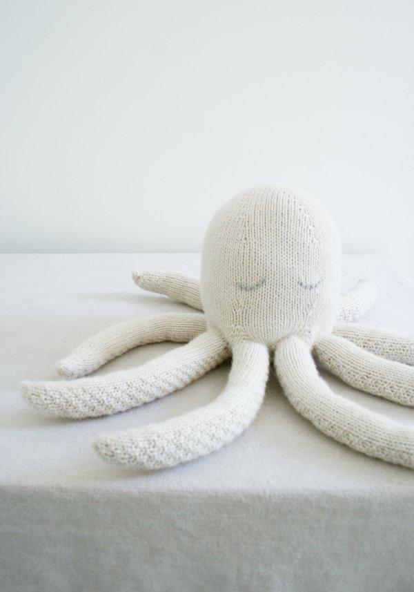 Knit octopus