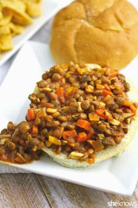 Lentil and veggie sloppy Joes