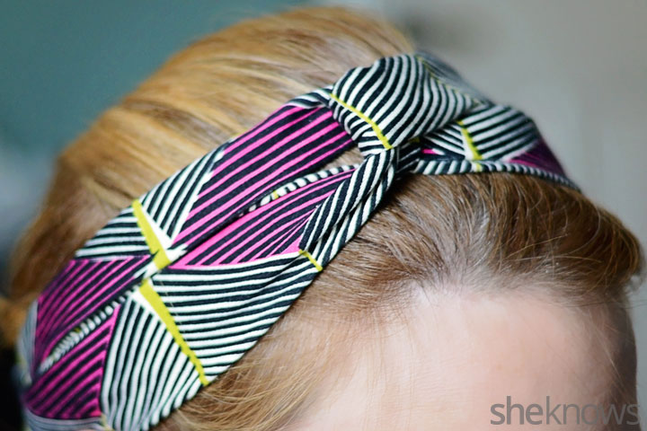 Simple knot headband DIY