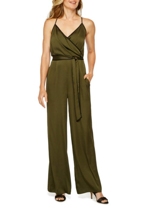 Holiday Outfit Color Combos | Belted Jumpsuit