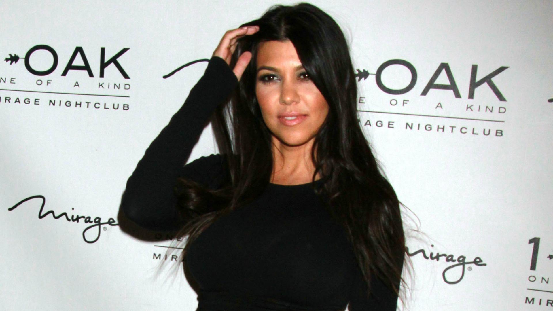 Kourtney Kardashian Shares Pumping Selfie