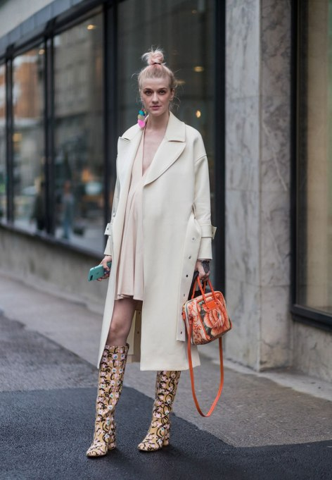 Ways To Wear Pastels This Fall | Pale Pale Yellow