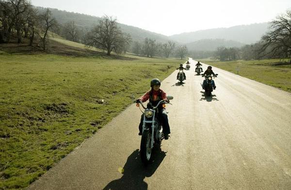 Women's motorcycle groups