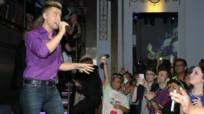 INTERVIEW: Lance Bass squashes any hope