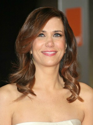 Kristen Wiig's curly hairstyle
