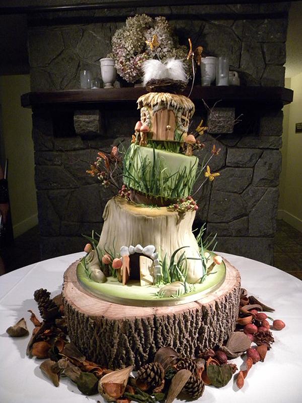 51 unique wedding cakes for the most adventurous couples