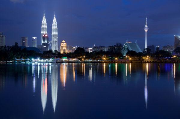 Kuala Lumpur at night | Sheknows.ca