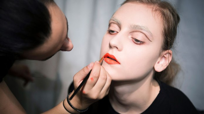 10 Orange Lipsticks Everyone Will Be