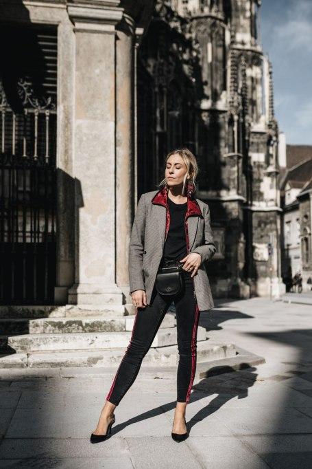 Modern Ways to Wear Blazers: Les Factory Femmes | Fall Fashion 2017