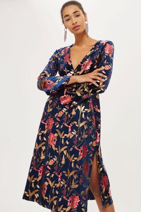 Must-Have Long Sleeve Dresses   Foil Floral Plunge Wrap Dress