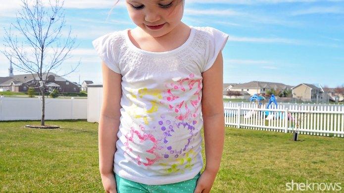 Make a pretty flower T-shirt for