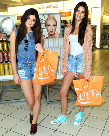 Kylie and Kendall Jenner at Ulta