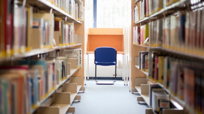 Library in a further education college