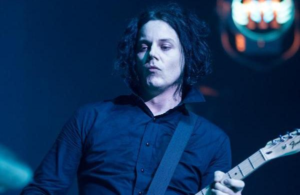 Jack White throws a hissy fit,