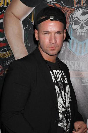 Gym, tan, pill popping: The Situation