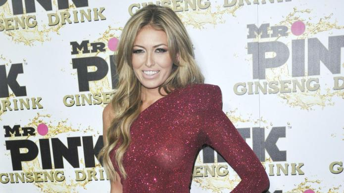 Mommy tweets: Paulina Gretzky, Kate Middleton,