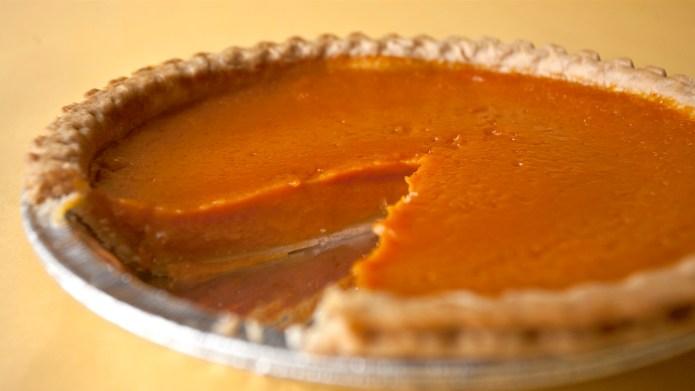 Eatable News: America's favorite pie, Parisian