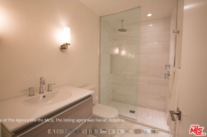 Kris Jenner condo guest bathroom