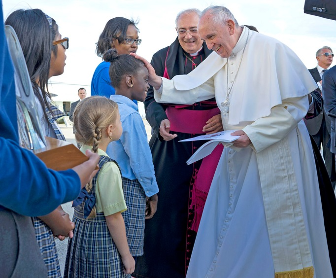 Pope Francis reaches out to 5th grader Omodele Ojo