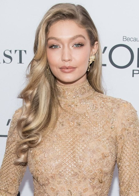 The Best Hair, Skin and Makeup Trends For 2018 | Makeup: Less Cake, More Skin