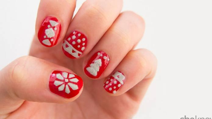 10 Christmas nail designs that scream
