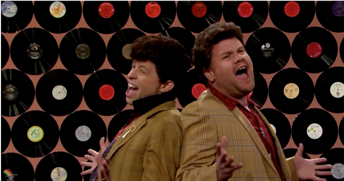Jon Cryer performs his Pretty in