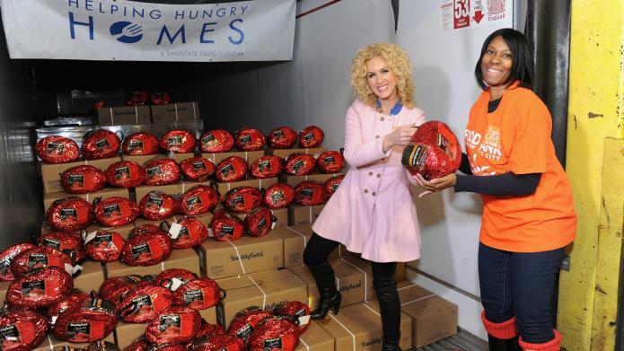 Kimberly Schlapman tearfully spreads holiday joy