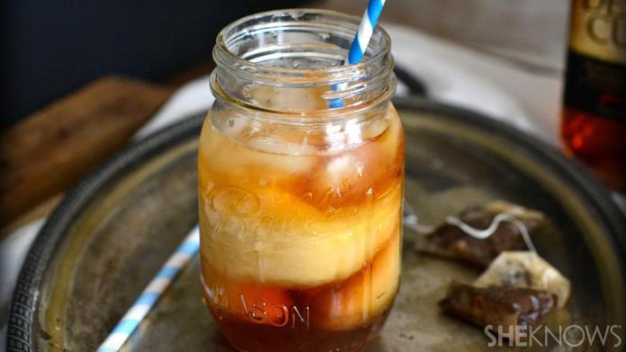 This boozy Thai iced tea is