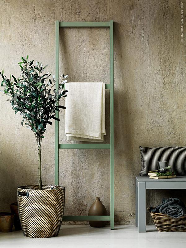 Ikea Hacks That Belong In Your Living Room: Ladder-inspired storage solution