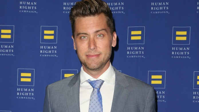 Lance Bass sets the record straight