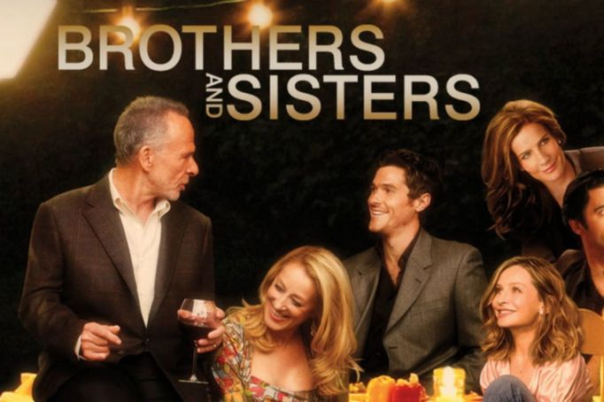 hulu-shows-2015-july-brothers-and-sisters